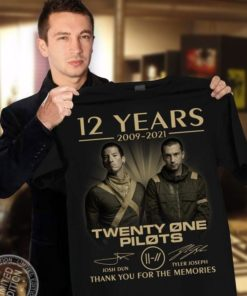 12 years 2009 - 2021 Twenty one pilots Josh Dun - Tyler Joseph Thank you for the memories