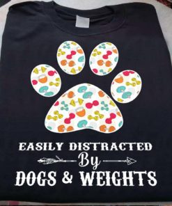 Easily distracted by dogs and weights - Dog footprint